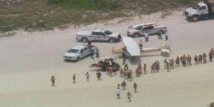 Aterriza de emergencia avioneta en Miami Beach