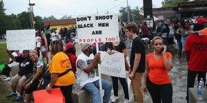 Levantan toque de queda en Ferguson