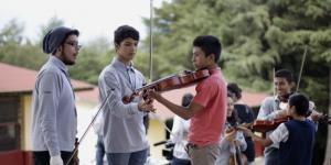 Conviven sinfónica infantil de México y orquesta de Nurío en Michoacán