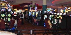 Corrupción e irregularidades favorecen que existan más casinos que universidades