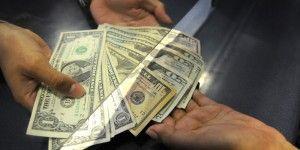 Dólar alcanza su precio máximo en más de 28 meses