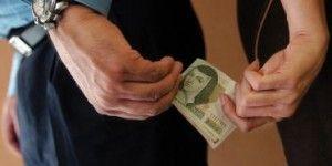 Café Político: Es la hora de actuar contra la corrupción