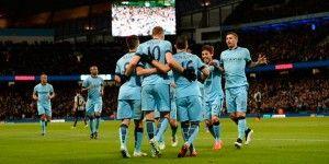 City golea y se acerca al Chelsea