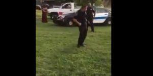 Video: policía de Estados Unidos baila para su comunidad