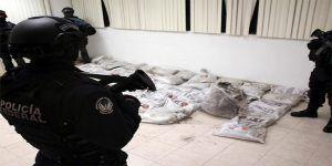 Policía Federal remueve de cargo a mando en el AICM