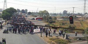 Sindicato de la Autónoma de Chapingo bloquea la Texcoco-Lechería