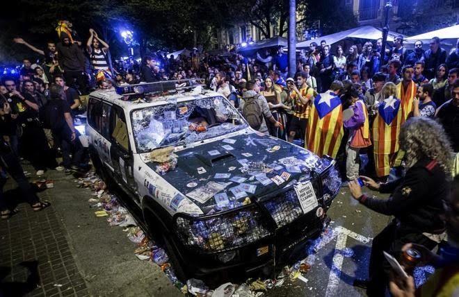 Tribunal español anula la ley del referéndum catalán