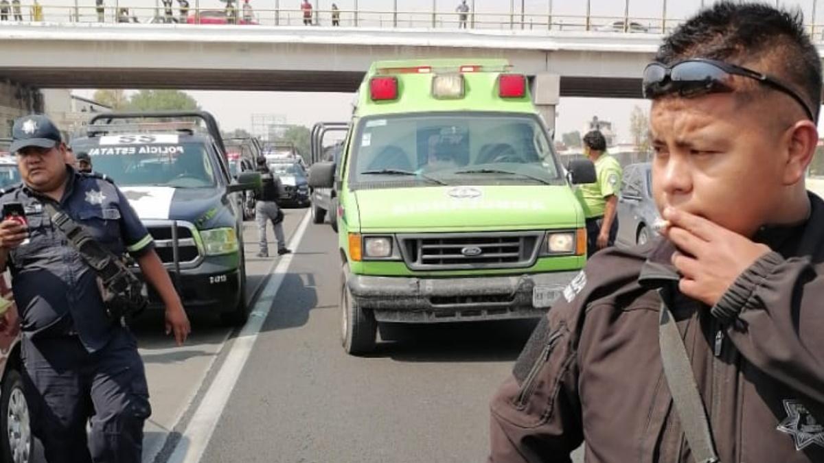 Balacera sobre la México-Pachuca, dejó un policía muerto y otro herido. Foto de @GaboOrtega73