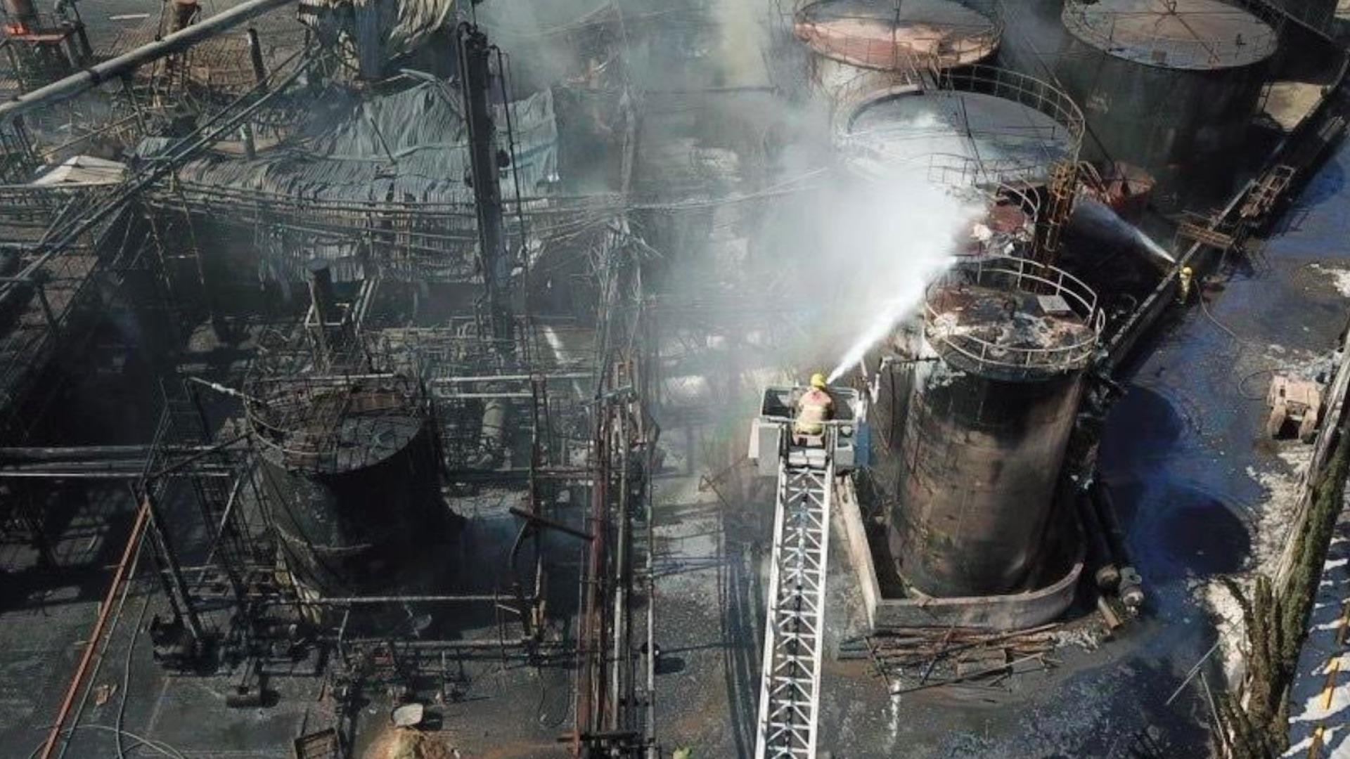 Video Incendio en planta deja al menos dos muertos en Nuevo León